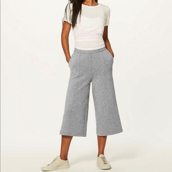 Lululemon New Form Cropped Pants